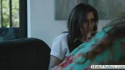 Slutty college ladies Elena and April have scissor sex